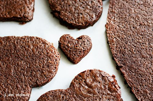 Heart Shaped Brownie Pizzas!