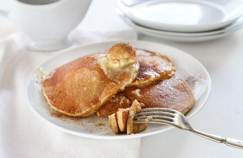 2011_10_21_632.pumpkin-spice-pancakes