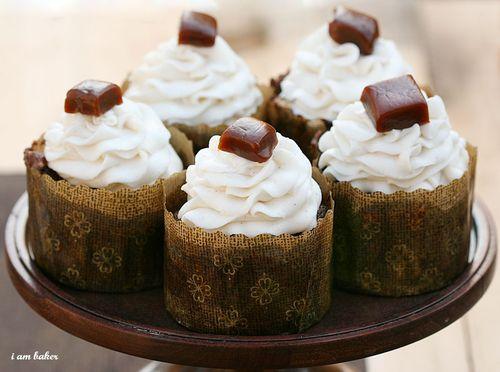 IMG_9881-1.pumpkinchocolatecaramelcupcake