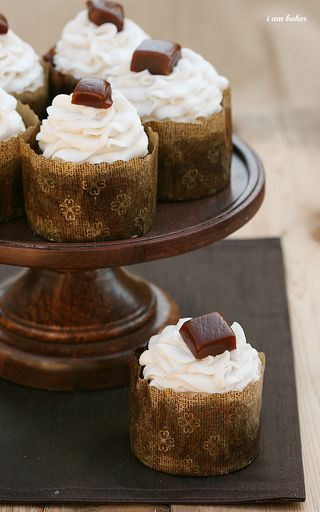 IMG_9933-1.pumpkincaramelchocolatecupcake